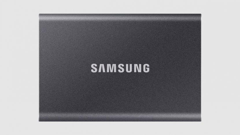 Samsung T7 серого цвета